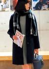 紺チェスターコート+グレーニットワンピースの冬コーデ【10代】