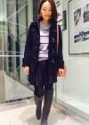 紺ダッフルコート+紺ミニプリーツスカートの大人可愛いコーデ