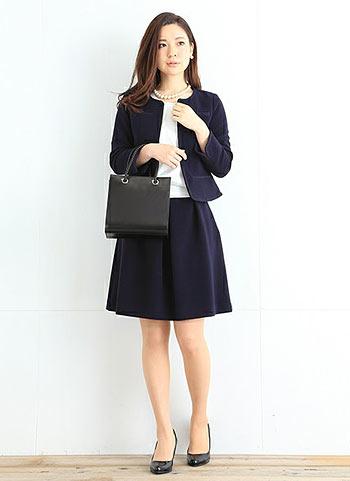 【卒園式・入学式】紺ジャケット+紺フレアスカートのコーデ