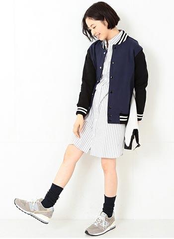 紺スタジャン+ストライプシャツワンピの春コーデ【10代】