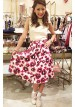 ノースリーブニット+ミモレ丈花柄スカートの夏ガーリーコーデ